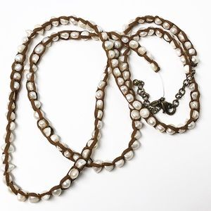 Chico's • Pearl & Brown Leather Necklace